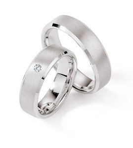 Brede witgouden ringen
