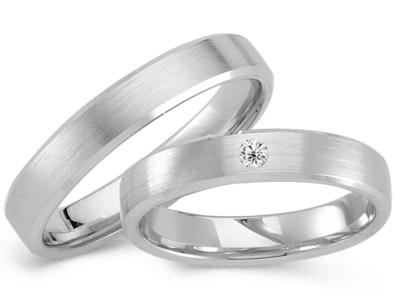 Klassieke matte ringen witgoud
