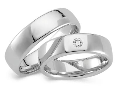 Glanzend paar witgouden ringen