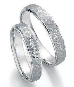 Witgouden ring met patroon