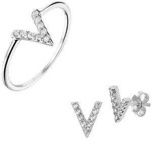 set zilveren ring en oorknoppen V vorm met zirkonia