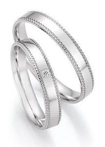 Witgouden ring glanzend