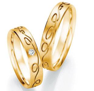 Geelgouden ringen met patroon