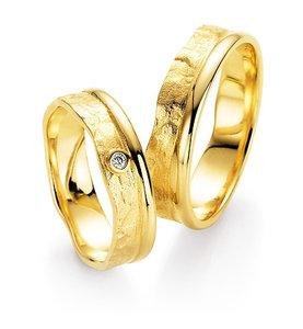 Bijzondere trouwring met diamanten